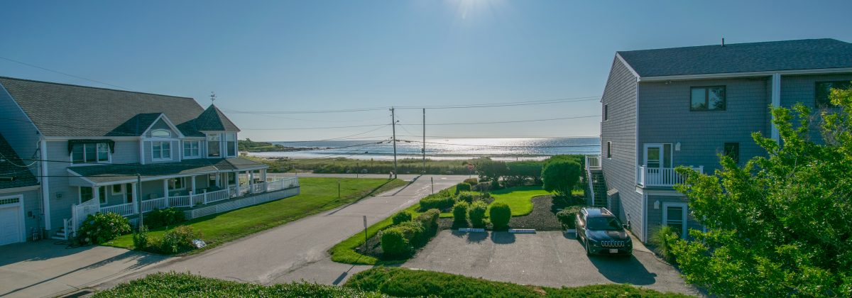 Tremendous Academic And Vacation Rentals Narragansett Properties Home Interior And Landscaping Ferensignezvosmurscom